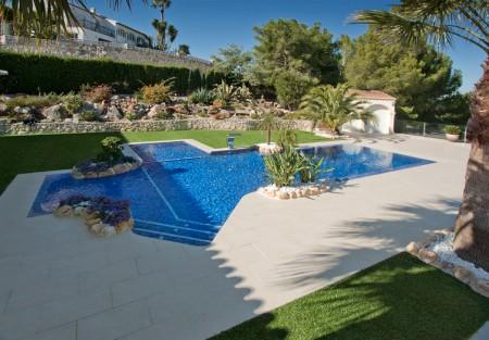 MG 6596 450x313 Detalles a tener en cuenta a la hora de reformar tu piscina.