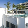 piscina de hotel sha wellness clinic