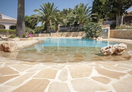 piscinasconplaya 450x313 Piscina reformada.