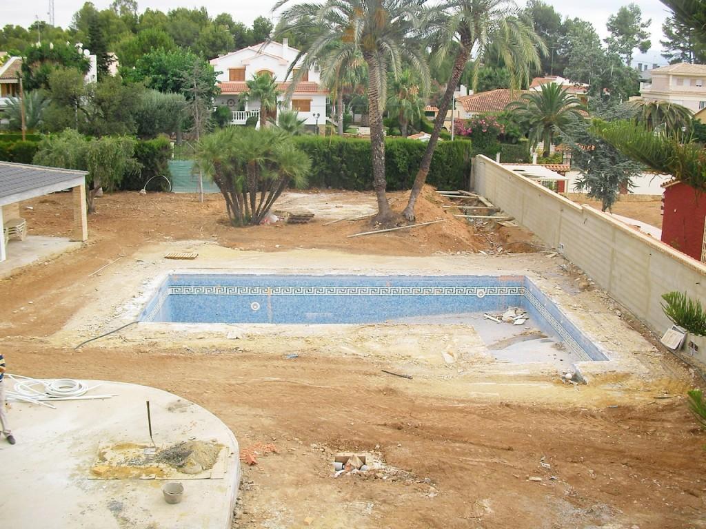 Ideas para reformar la piscina lucas gunitec for Piscinas de plastico para jardin