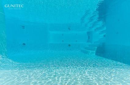 Lucas gunitec un lugar donde encontrar piscinas spas y - Piscina de cristal ...
