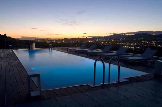 Los 5 equipamientos de piscina m s solicitados lucas for Barredera piscina