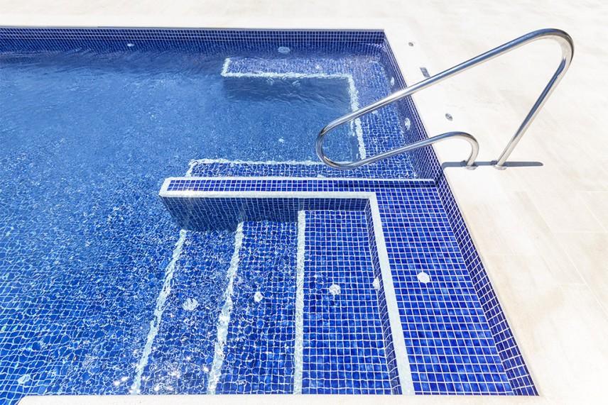 accesos piscina